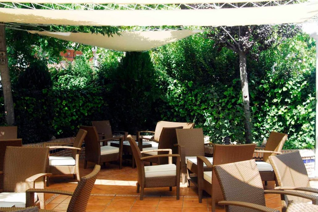 Terraza jard n chill out damilia restaurantes for Chill out jardin